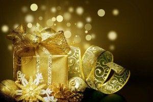 Що подарувати на новий рік одному? Колезі? Дружину?