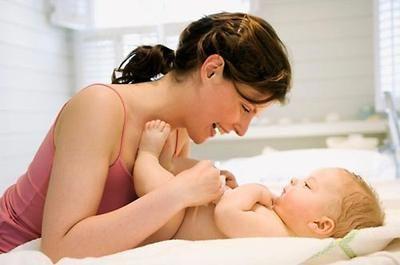 Дитячий масаж і гімнастика