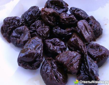 Чи можна їсти чорнослив при вагітності і в період лактації?