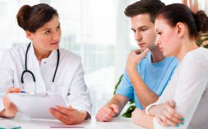 консультація лікаря при плануванні вагітності